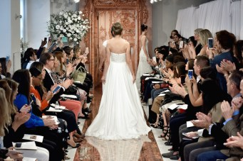 BRIDAL 2018 FASHIONDAILYMAG THEIA BACK VIEW 9
